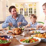 Как научить ребенка правильно питаться? Рекомендации диетологов по составу детского рациона